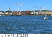 Купить «Pohjoisranta embankment, harbor with yacht on background of Finnish Evangelical Lutheran cathedral of Diocese. Хельсинки, Финляндия», фото № 31842325, снято 30 июня 2019 г. (c) Валерия Попова / Фотобанк Лори