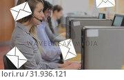 Купить «Call centre line up receiving messages», видеоролик № 31936121, снято 17 апреля 2019 г. (c) Wavebreak Media / Фотобанк Лори