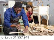 Portrait of male and female restorers. Стоковое фото, фотограф Яков Филимонов / Фотобанк Лори