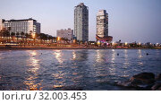 Купить «Evening view of Port in Barcelona. Catalonia, Spain.», видеоролик № 32003453, снято 26 апреля 2019 г. (c) Яков Филимонов / Фотобанк Лори