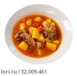 Купить «Delicious lamb soup with potatoes. Traditional oriental dish», фото № 32009461, снято 21 сентября 2019 г. (c) Яков Филимонов / Фотобанк Лори
