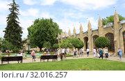 Купить «Кисловодск, Нарзанная галерея», видеоролик № 32016257, снято 10 июня 2019 г. (c) Валерий Шилов / Фотобанк Лори
