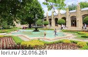 Купить «Кисловодск, Нарзанная галерея», видеоролик № 32016261, снято 10 июня 2019 г. (c) Валерий Шилов / Фотобанк Лори