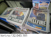 Headlines of New York newspapers on Tuesday, April 16, 2019 report on the previous day's fire which severely damaged the iconic Notre Dame Cathedral in Paris, France. (© Richard B. Levine). Редакционное фото, фотограф Richard Levine / age Fotostock / Фотобанк Лори