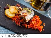 Купить «Scomber fish roll with bacon», фото № 32052777, снято 25 января 2020 г. (c) Яков Филимонов / Фотобанк Лори