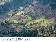 A view down into the beautiful and fertile valleys near Debre Berhan, Ethiopia. Стоковое фото, фотограф Edwin Remsberg / age Fotostock / Фотобанк Лори