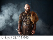 Купить «Bearded viking with axe, barbarian image», фото № 32111045, снято 27 марта 2019 г. (c) Tryapitsyn Sergiy / Фотобанк Лори