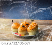 Купить «halloween party cupcakes and jelly candy on table», фото № 32136661, снято 6 июля 2017 г. (c) Syda Productions / Фотобанк Лори