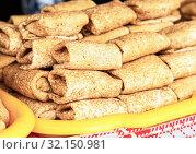Купить «Appetizing fried pancakes on the Pancake Week», фото № 32150981, снято 10 марта 2019 г. (c) FotograFF / Фотобанк Лори