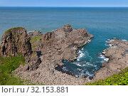 Купить «Rocks on the sea», фото № 32153881, снято 17 июля 2012 г. (c) Сергей Краснощеков / Фотобанк Лори