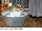 Купить «Traditional style washing tub with wash board and brush», фото № 32165289, снято 1 июня 2020 г. (c) easy Fotostock / Фотобанк Лори