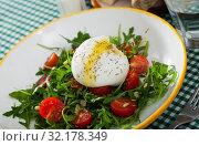 Купить «Image of salad with burrata italian cheese, arugula and cherry tomatoes», фото № 32178349, снято 21 сентября 2019 г. (c) Яков Филимонов / Фотобанк Лори