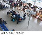 Купить «Departure area of Vietnam airport», фото № 32178569, снято 7 сентября 2019 г. (c) Александр Подшивалов / Фотобанк Лори