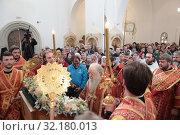 Праздничная литургия в Усово. VIII Елисаветинский Крестный ход (2019 год). Редакционное фото, фотограф Дмитрий Неумоин / Фотобанк Лори