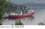 Купить «Ледокольно-транспортное судно «Севморпуть» — лихтеровоз с атомной силовой установкой», видеоролик № 32198937, снято 27 августа 2019 г. (c) А. А. Пирагис / Фотобанк Лори