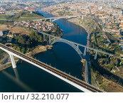 Aerial of bridges and Douro river in Porto (2019 год). Стоковое фото, фотограф Михаил Коханчиков / Фотобанк Лори