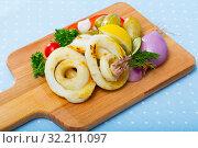 Купить «Baked squid rings with vegetables», фото № 32211097, снято 22 февраля 2020 г. (c) Яков Филимонов / Фотобанк Лори