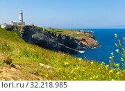 Купить «Lighthouse at cape Major (Faro de Cabo Mayor). Santander. Spain», фото № 32218985, снято 14 июля 2019 г. (c) Яков Филимонов / Фотобанк Лори