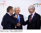 Купить «29.09.2011 Warsaw, Poland. Eastern Partnership Summit. Pictured: Jerzy Buzek, Donald Tusk, Herman van Rompuy», фото № 32220033, снято 22 октября 2019 г. (c) age Fotostock / Фотобанк Лори