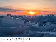 Рассвет над льдами Байкала. Стоковое фото, фотограф Наталья Волкова / Фотобанк Лори