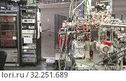 Stations and modules in modern scientific experimental laboratory. Стоковое видео, видеограф Яков Филимонов / Фотобанк Лори