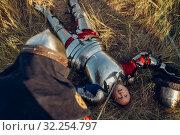 Купить «Knight put his sword to his opponent's throat», фото № 32254797, снято 5 июля 2019 г. (c) Tryapitsyn Sergiy / Фотобанк Лори