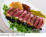 Купить «Delicious poultry dish – duck breast Magret», фото № 32255033, снято 31 мая 2020 г. (c) Яков Филимонов / Фотобанк Лори