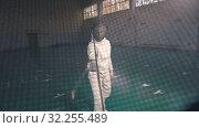 Купить «Fencers having a training in the gym - Attacking the opponent - A view from the fencer helmet», видеоролик № 32255489, снято 1 апреля 2020 г. (c) Константин Шишкин / Фотобанк Лори