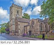 St Mary Magdalen - это англиканская приходская церковь на улице Магдален. Оксфорд. Великобритания (2019 год). Редакционное фото, фотограф Сергей Афанасьев / Фотобанк Лори