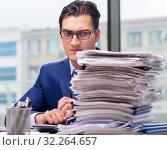 Купить «Workaholic businessman overworked with too much work in office», фото № 32264657, снято 11 октября 2016 г. (c) Elnur / Фотобанк Лори