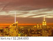 Купить «View of New York Manhattan during sunset hours», фото № 32264693, снято 20 декабря 2013 г. (c) Elnur / Фотобанк Лори