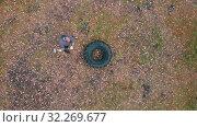 Купить «Tough man bodybuilder hitting the truck tire with very heavy hammer - tire hammering - training in the autumn forest», фото № 32269677, снято 5 июля 2020 г. (c) Константин Шишкин / Фотобанк Лори