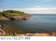Купить «Beautiful Finnish landscape, rocky shores of the Gulf of Finland, Suomenlinna, Helsinki, Finland», фото № 32271489, снято 23 мая 2019 г. (c) Юлия Бабкина / Фотобанк Лори