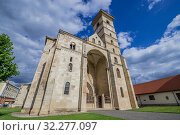 Купить «Roman Catholic Cathedral of Saint Michael in Alba Carolina Fortress of Alba Iulia city located in Alba County, Transylvania, Romania.», фото № 32277097, снято 7 июля 2016 г. (c) age Fotostock / Фотобанк Лори