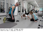 Купить «Детские тренировки в Балашихинском центре доктора Бубновского», эксклюзивное фото № 32279677, снято 7 февраля 2018 г. (c) ДеН / Фотобанк Лори