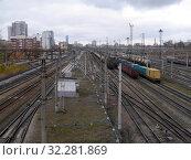 Сортировочные пути железной дороги в Екатеринбурге. Редакционное фото, фотограф Максим Гулячик / Фотобанк Лори
