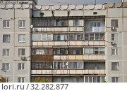 Девятиэтажный четырёхподъездный панельный жилой дом серии П-101, 1987 года постройки. Улица Мира, 1б. Город Сергиев Посад. Московская область (2014 год). Редакционное фото, фотограф lana1501 / Фотобанк Лори