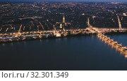 Night view from the drone on the Bordeaux. France. Стоковое видео, видеограф Яков Филимонов / Фотобанк Лори