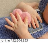 Ручки малыша. Стоковое фото, фотограф Степанова М Е / Фотобанк Лори