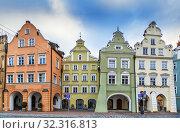 Altstadt street in Landshut, Germany (2018 год). Стоковое фото, фотограф Boris Breytman / Фотобанк Лори