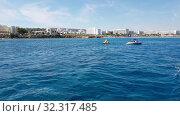 Купить «The Mediterranean traffic along Protaras, Cyprus», видеоролик № 32317485, снято 21 октября 2019 г. (c) Володина Ольга / Фотобанк Лори