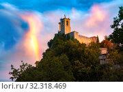 Купить «Guaita fortress in San Marino», фото № 32318469, снято 25 сентября 2019 г. (c) Коваленкова Ольга / Фотобанк Лори