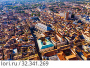 Aerial view of Padua cityscape with buildings and streets (2019 год). Стоковое фото, фотограф Яков Филимонов / Фотобанк Лори