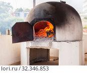 Купить «Greek and Cyprus kleftiko oven», фото № 32346853, снято 16 июня 2019 г. (c) EugeneSergeev / Фотобанк Лори