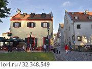 Купить «The Portobello pub, Old Harbour district, Klaipeda, port city on the Baltic Sea, Lithuania, Europe.», фото № 32348549, снято 23 июня 2019 г. (c) age Fotostock / Фотобанк Лори