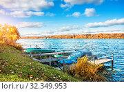 Осенний день в Плёсе. View of the Volga river in Plyos (2019 год). Стоковое фото, фотограф Baturina Yuliya / Фотобанк Лори