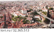 Porto city view with Douro river and Dom Luis I bridge, Portugal (2019 год). Стоковое видео, видеограф Яков Филимонов / Фотобанк Лори