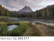 Купить «Lake Antorno, Misurina, Belluno, Veneto, Dolomites, Italy, Europe.», фото № 32384517, снято 17 сентября 2019 г. (c) age Fotostock / Фотобанк Лори