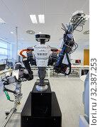 Купить «Robot Autonomy for Flexible Manufacturing, Collaborative robotic, Advanced manufacturing Unit, Technology Centre, Tecnalia Research & Innovation, Donostia...», фото № 32387253, снято 14 мая 2019 г. (c) age Fotostock / Фотобанк Лори