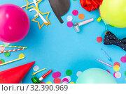 Купить «birthday party props, balloons and confetti», фото № 32390969, снято 11 декабря 2018 г. (c) Syda Productions / Фотобанк Лори